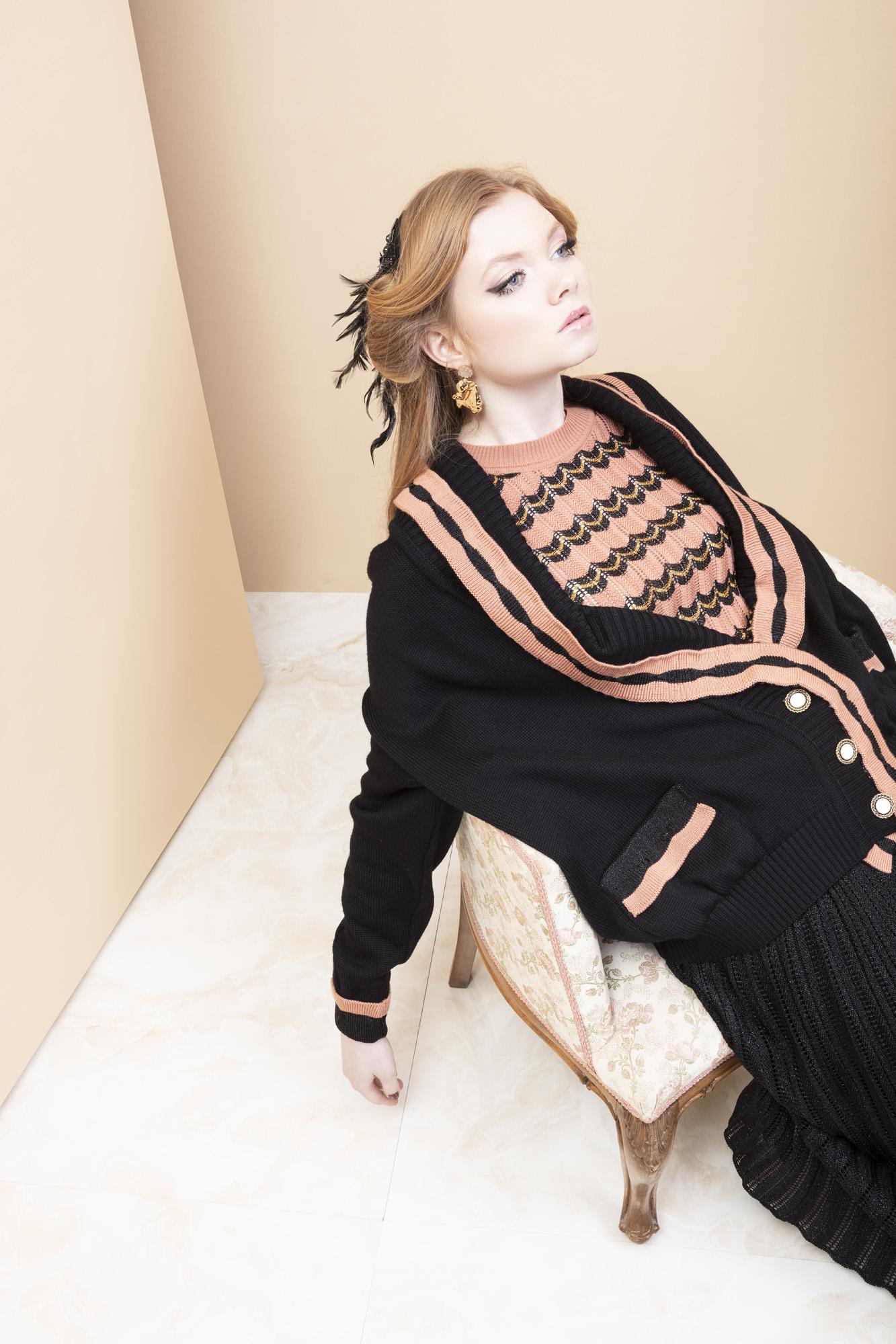 STMA-maglione-donna-nero-rosa-1
