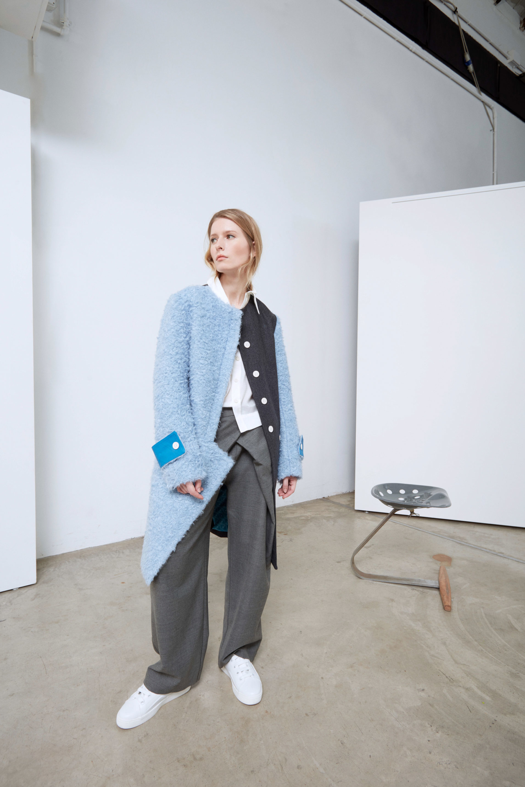 Bav-Tailor-cappotto-azzurro-grigio