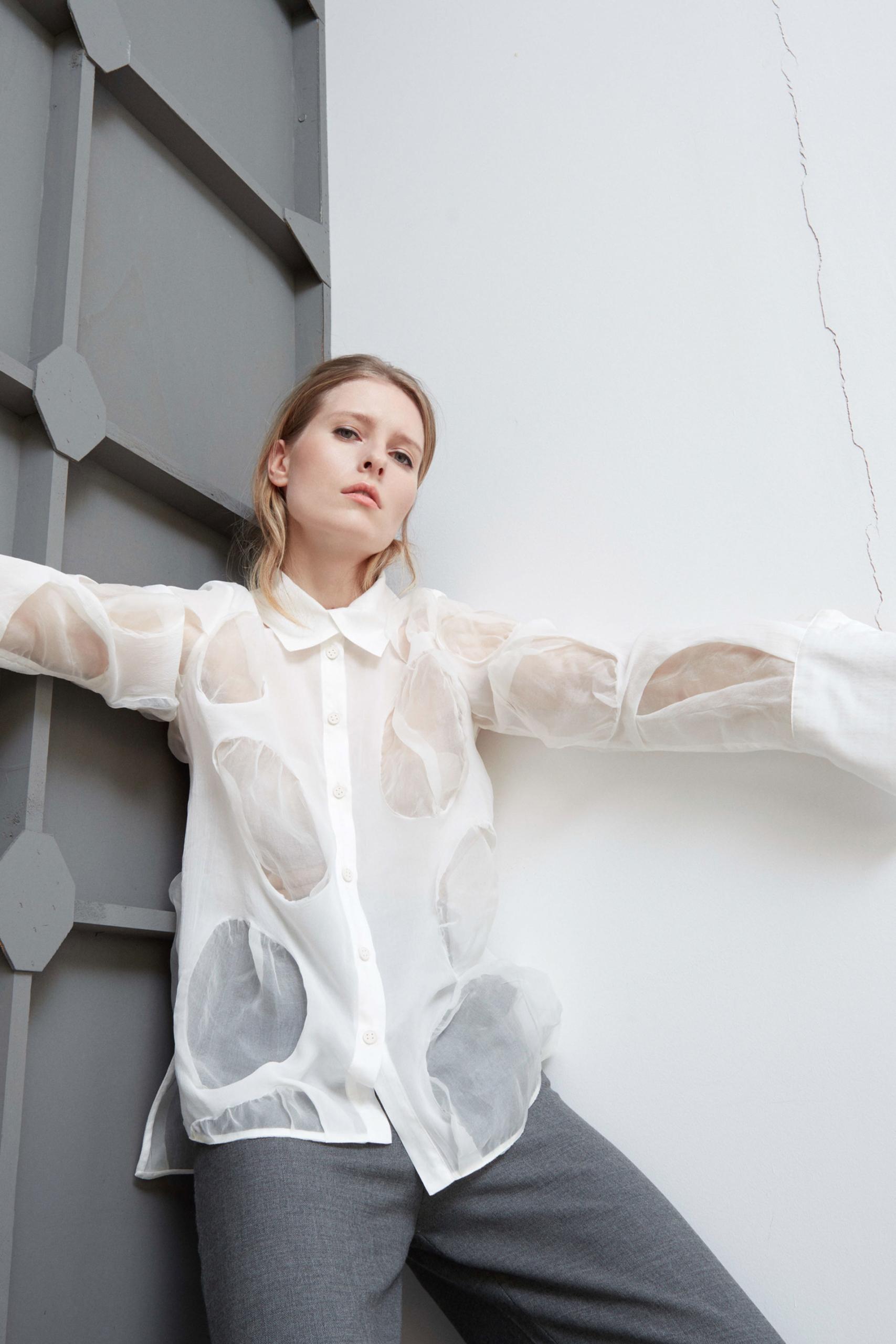 Bav-Tailor-camicia-bianca-cerchi