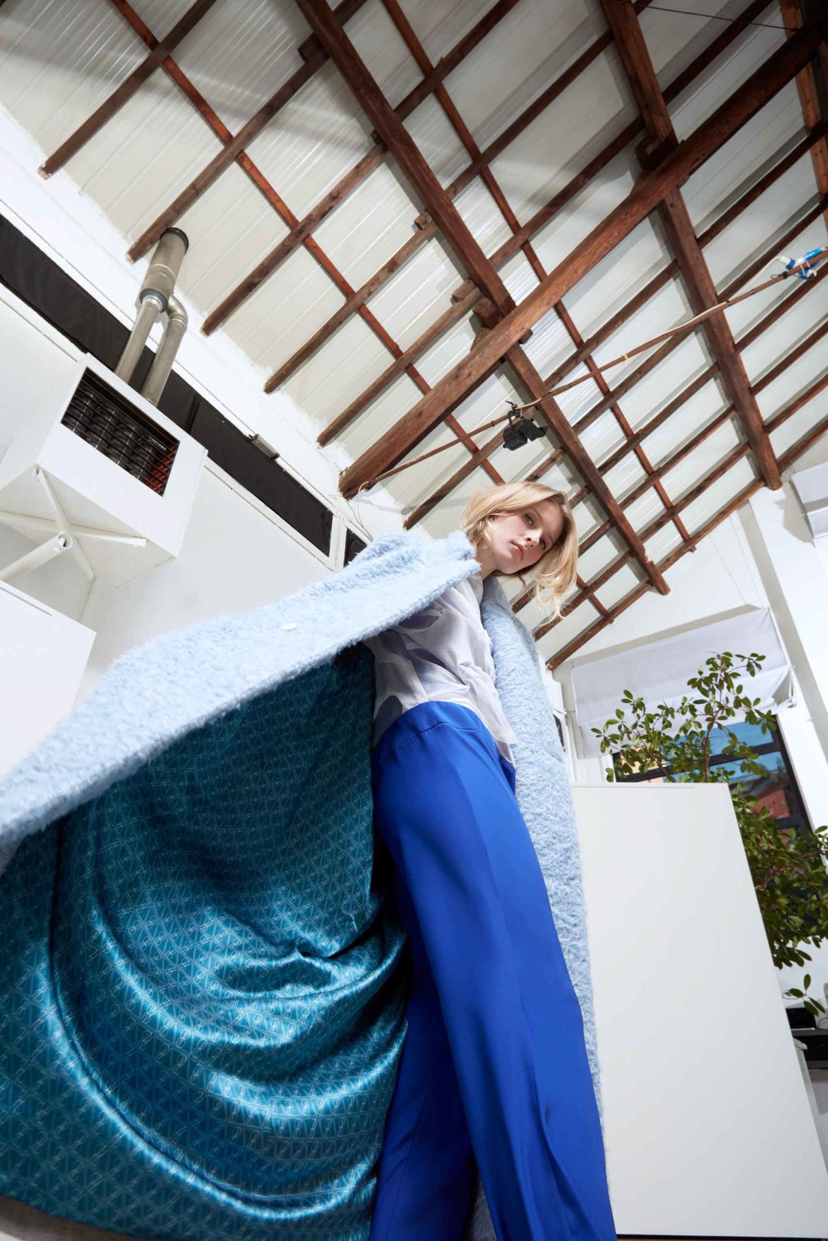 Bav-Tailor-cappotto-azzurro