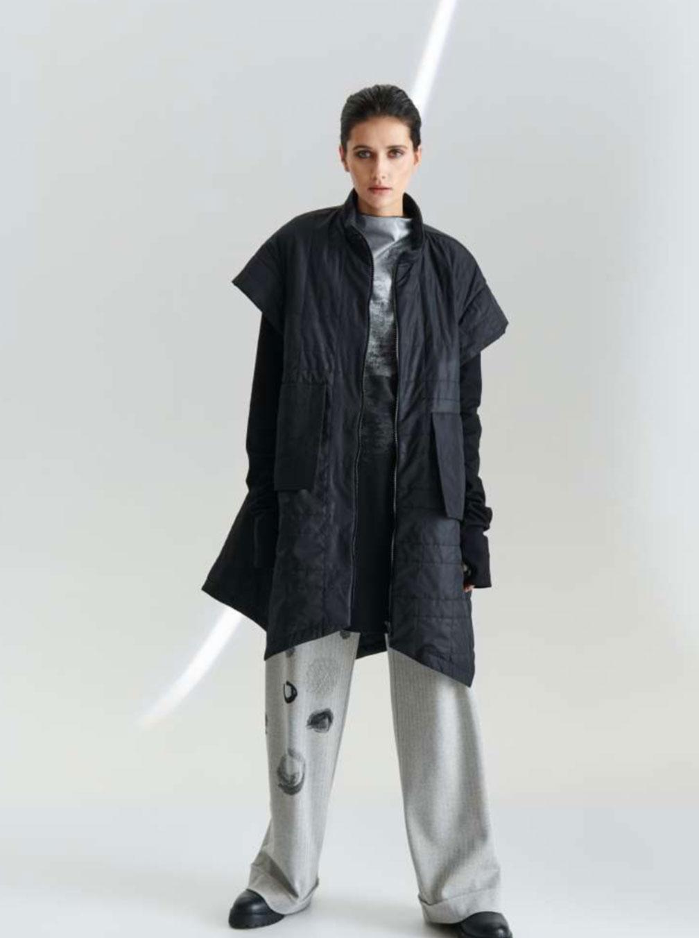 Kedziorek-giacca-nera-donna-2