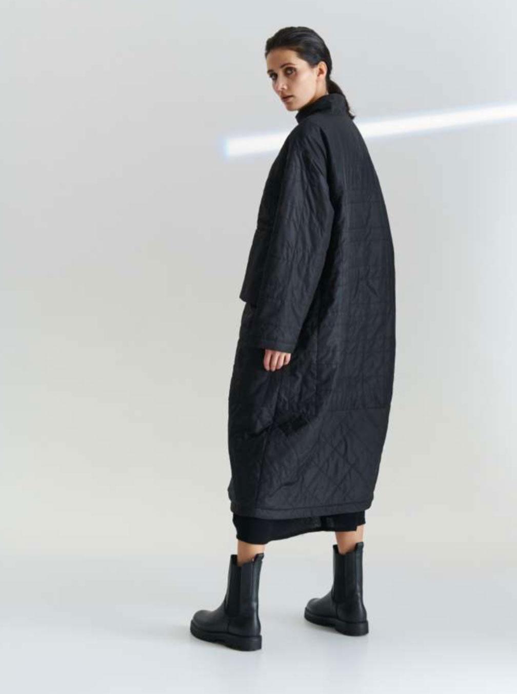 Kedziorek-cappotto-nero-donna-2