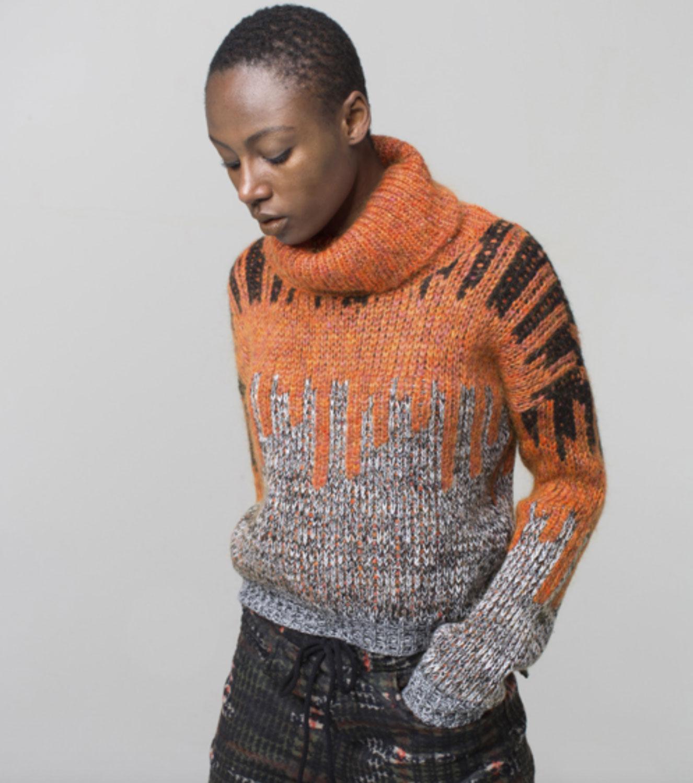 Brand-Unique-maglione-grigio-arancio